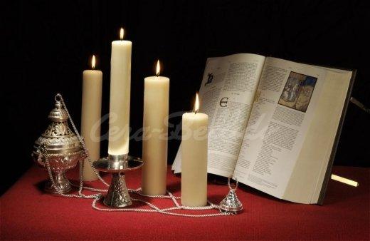 20130805192351-velas-y-cirios-de-altar-web
